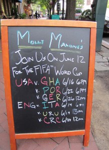 Molly Malone's Is Featuring US and English Teams