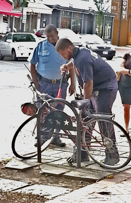 MPD Officer M.A. Lee Enlisted Fire Fighters from Barracks Row Fire and EMS Station to Liberate Stolen Bike for Owner