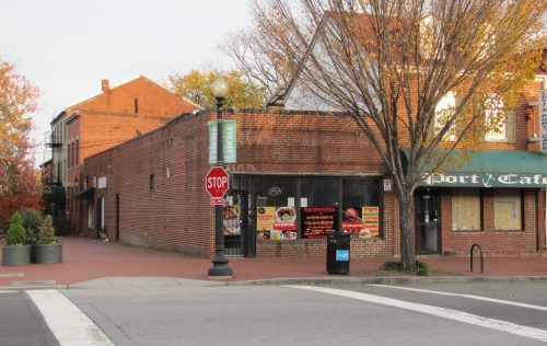 A DC Restaurant Investor Group Has Leased The Former Chicken Tortilla on Lower 8th