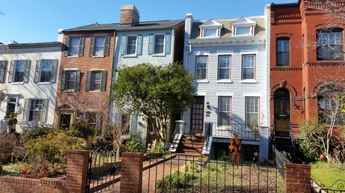 106 North Carolina Avenue, SE - The white house with dormers where the owner wants more space.