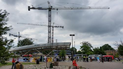Eastern Market Metro Plaza, Friday, June 24, circa 7:00pm